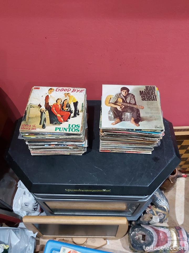 LOTE DE 140 DISCOS VINILOS VARIADOS . VER LAS FOTOS (Música - Discos - Singles Vinilo - Otros estilos)
