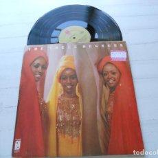 Discos de vinilo: THE THREE DEGREES – THE THREE DEGREES LP UK 1973 NM/EX GATEFOLD DESPLEGABLE - VER FOTOS. Lote 222682995