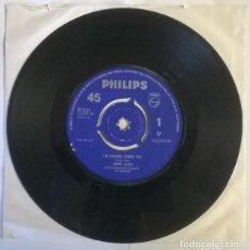 Discos de vinilo: JIMMY LLOYD. I'M WALKING BEHIND YOU/ JACKIE. PHILIPS, UK 1963 SINGLE. Lote 222717890