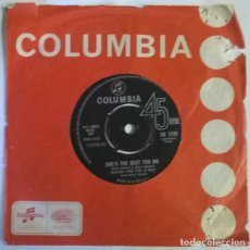 Discos de vinilo: DAVANI AND THE D-MEN. SHE'S THE BEST FOR ME/ DON'T FOOL AROUND. COLUMBIA, UK 1963 SINGLE. Lote 222718261