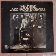 Discos de vinilo: THE UNITED JAZZ + ROCK ENSEMBLE. LIVE IM SCHUTZENHAUS. 22666 1977 GERMANY.. Lote 222752746