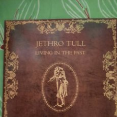 Discos de vinilo: JETHRO TULL. LIVING IN THE PAST. DOBLE LP. 1972. Lote 222846386