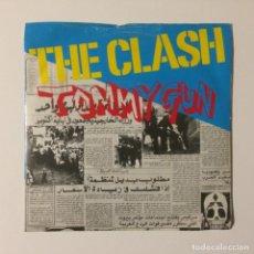 Discos de vinilo: THE CLASH – TOMMY GUN / 1-2, CRUSH ON YOU UK 1978. Lote 222993280
