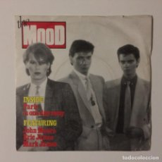 Discos de vinilo: THE MOOD – PARIS IS ONE DAY AWAY / NO-ONE LEFT TO BLAME UK 1982. Lote 223135758