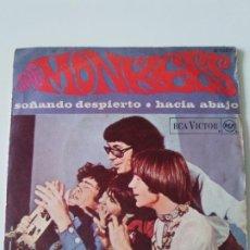 Dischi in vinile: THE MONKEES SOÑANDO DESPIERTO DAYDREAM BELIEVER / HACIA ABAJO ( 1967 RCA VICTOR ESPAÑA ). Lote 223456381