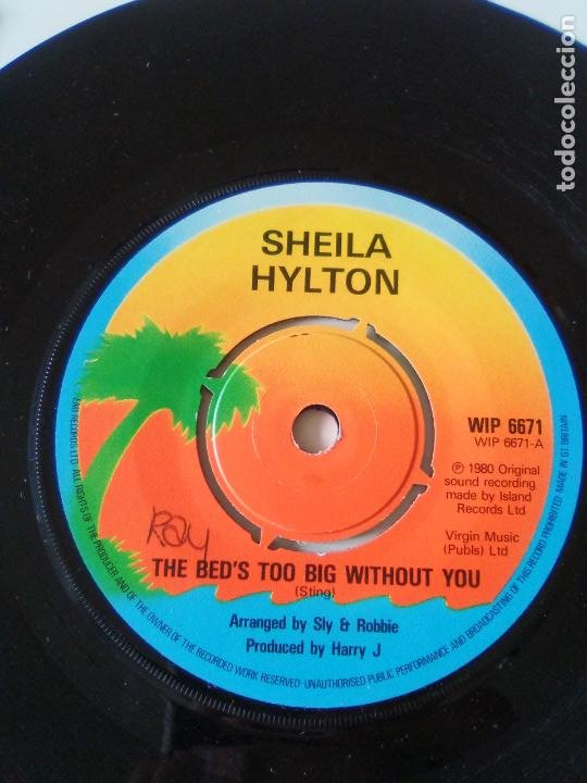 SHEILA HYLTON THE BED'S TOO BIG WITHOUT YOU / GIVE ME YOUR LOVE ( 1980 ISLAND UK ) POLICE STING (Música - Discos - Singles Vinilo - Reggae - Ska)