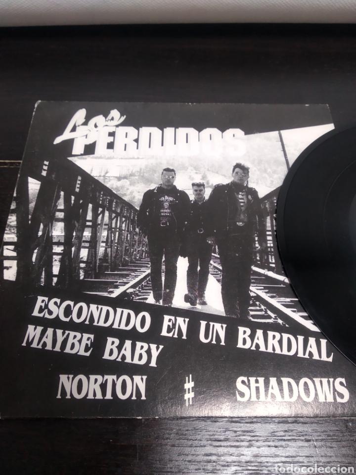 Discos de vinilo: LOS PERDIDOS. EP. ESCONDIDO EN UN BARDIAL. - Foto 2 - 223528157