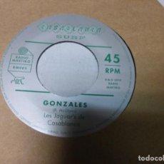 Discos de vinilo: DE EVERGREENS / LES JAGUARS DE CASABLANCA – ES LILIN / GONZALES. Lote 223843558
