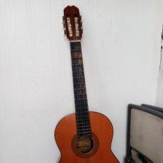 Discos de vinilo: GUITARRA ESPAÑOLA DE FLAMENCO MARCA ADMIRA MODELO JUANITA.. Lote 223932877
