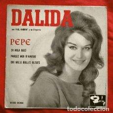 Discos de vinilo: DALIDA (EP 1961) PEPE - 24 MILA BACI - PARLEZ MOI D'AMOUR - DIX MILLE BULLES BLEUES. Lote 224139963