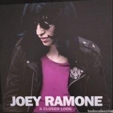 Disques de vinyle: JOEY RAMONE A CLOSER LOOK LP RAMONES. Lote 236867825