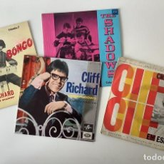 Disques de vinyle: 4 VINILO CLIFF RICHARD SIGNED. Lote 224615297