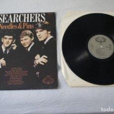 Discos de vinilo: THE SEARCHERS - NEEDLES & PINS - REINO UNIDO UK - 1971 - NM-/VG+. Lote 288670428