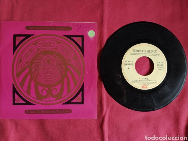 Discos de vinilo: Héroes del silencio / La Herida / Single 1 edición / Bunbury - Foto 5 - 224726846