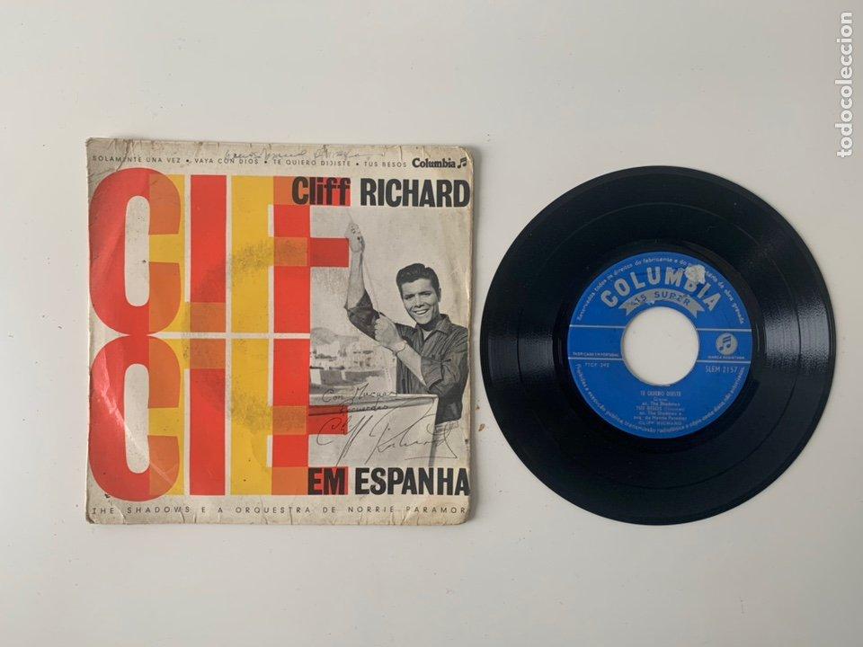 Discos de vinilo: 4 Vinilo Cliff Richard SIGNED - Foto 3 - 224615297