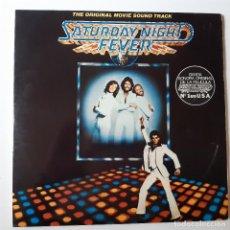 Disques de vinyle: SATURDAY NIGHT FEVER - BANDA SONORA - SPAIN 2 LP 1977 + 2 ENCARTES- BEE GEES.. Lote 225151783