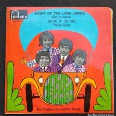 Discos de vinilo: SINGLE 1967 (VINILO IMPECABLE) - THE TROGGS - NIGHT ON THE LONG GRASS / GIRL IN BLACK Y 2 MÁS. Lote 225601770
