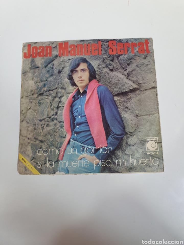 Discos de vinilo: Joan Manuel Serrat - Como Un Gorrion / Si La Muerte Pisa Mi Huerto, Novola 1970. - Foto 2 - 225993328