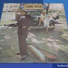 Discos de vinilo: LOCH01 LP CHARLOTTE MC COY THE NASHVILLE HIT MAN UK 70S MUY BUEN ESTADO. Lote 226136702