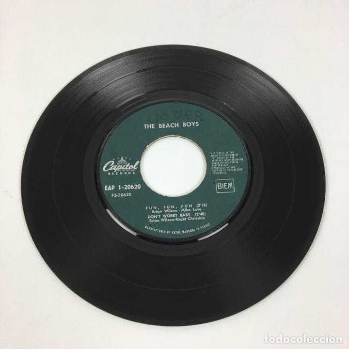 """Discos de vinilo: EP 7"""" - THE BEACH BOYS - I Get Around (Francia, 1964) - Foto 6 - 226621135"""