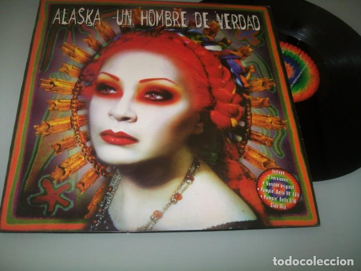 ALASKA EL HURACAN MEXICANO ... UN HOMBRE DE VERDAD - 3 VERSIONES - 1998 .PUMPIN´DOLLS.MAXISINGLE (Música - Discos de Vinilo - Maxi Singles - Grupos Españoles de los 70 y 80)