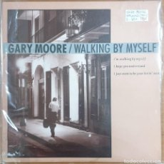 Discos de vinilo: LP MAXI GARY MOORE WALKING BY MYSELF. Lote 226900330