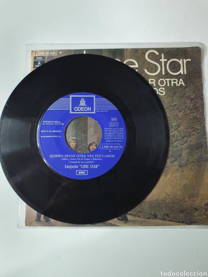 Discos de vinilo: Lone Star - Quiero Besar Otra Vez Tus Labios / Lazy Train, Odeon 1970. - Foto 3 - 226935380
