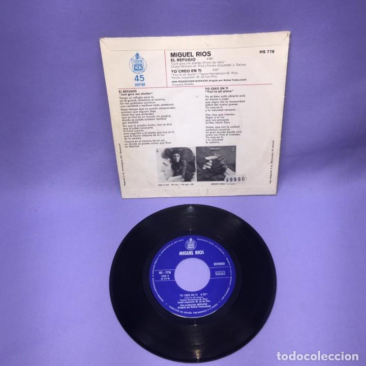 Discos de vinilo: SINGLE MIGUEL RIOS -- EL REFUGIO / YO CREO EN TI -- MADRID -- VG++ - Foto 2 - 227022940