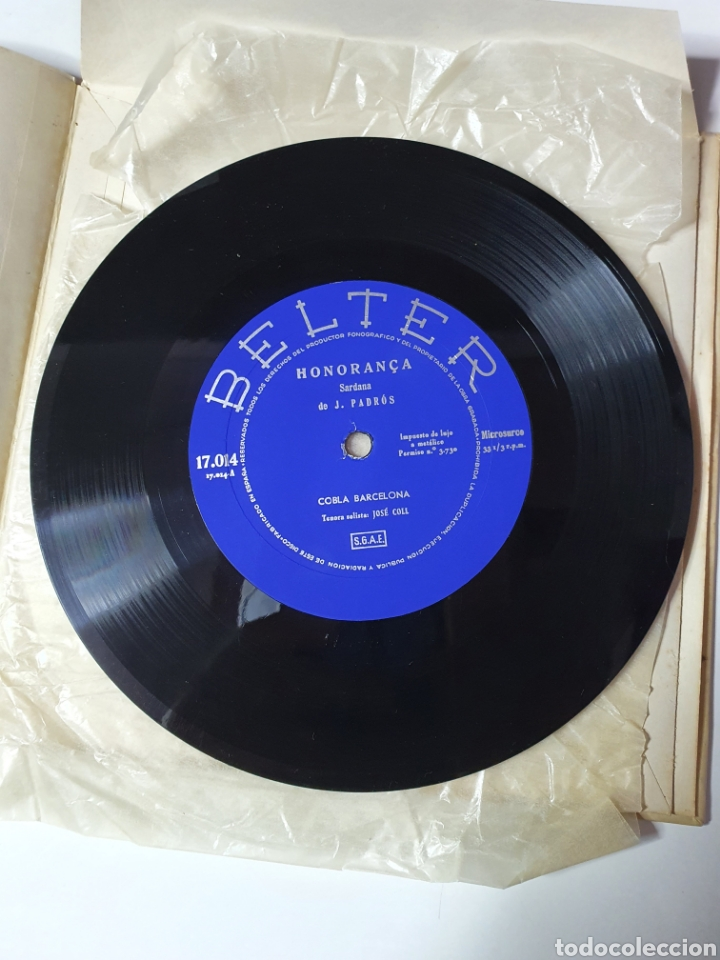 Discos de vinilo: Sardanes, Cobla Barcelona - Honorança / La Pageseta De Berga, Con Libro, Belter 17.014. 33 1/3 RPM. - Foto 8 - 227087610
