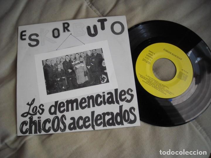 EP ESKORBUTO DEMENCIALES CHICOS PRIMERA EDICIÓN 1986 DISCOS SUICIDAS - VINILO EXE +++ - PUNK (Música - Discos - Singles Vinilo - Punk - Hard Core)