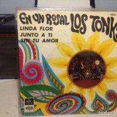 Discos de vinilo: EP LOS TONKS : EN UN ROSAL. Lote 227738055