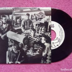 Dischi in vinile: SINGLE LOS PROTONES - FOOTSTEPS / AGAIN / ANOTHER ONE - ROCK INDIANA INDI 001 - (NM/VG++). Lote 227992650