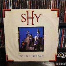 Discos de vinilo: SHY - YOUNG HEART. Lote 228341525