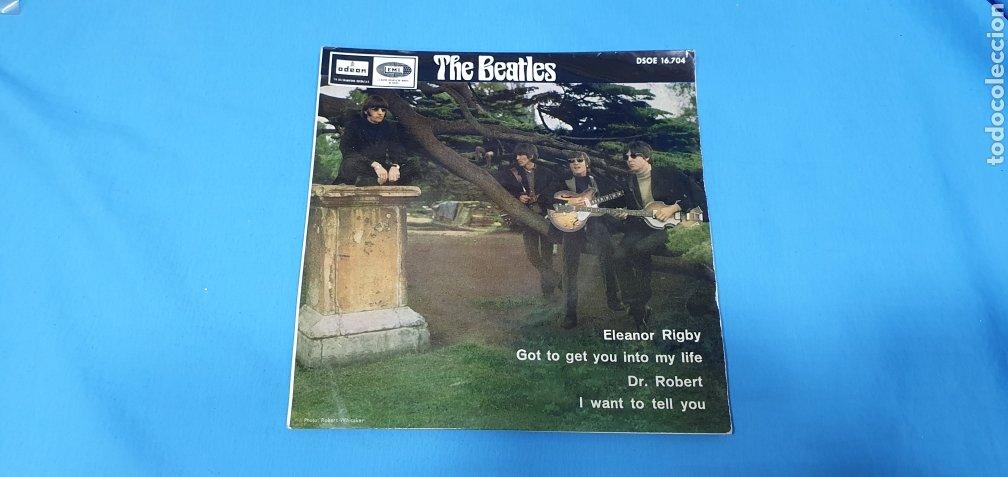 DISCO DE VINILO - THE BEATLES - ELEANOR RIGBY / GOT TO GET YOU INTO MI LIFE - 1966 (Música - Discos - Singles Vinilo - Pop - Rock Internacional de los 50 y 60)