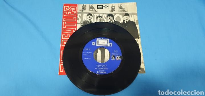 Discos de vinilo: DISCO DE VINILO - THE BEATLES - KANSAS CITY / MR. MOONLIGHT - 1964 - Foto 2 - 228436105