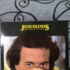 Discos de vinilo: JULIO IGLESIAS MOMENTOS. Lote 228564245