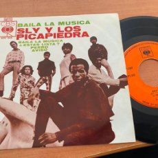 Discos de vinilo: SLY & FAMILY STONE PICAPIEDRA (BAILA LA MUSICA) EP MEXICO (EPI20). Lote 228638613