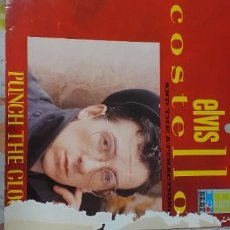 Discos de vinilo: ELVIS COSTELLO PUNCH THE CLOCK FALLO EN PORTADA DISCO PERFECTO. Lote 228646305