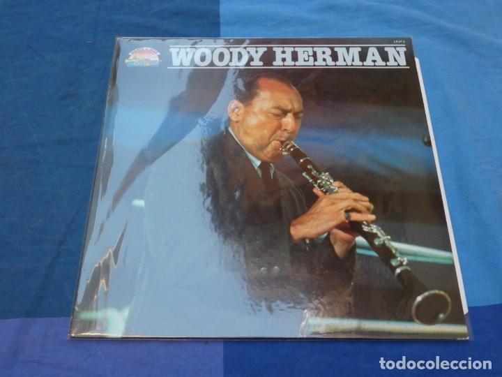 BOXH67C LP JAZZ EUROPEO AÑOS 70-80 GRAN ESTADO WOODY HERMAN HOMONIMO EN LA SERIE GIANTS OF JAZZ (Música - Discos - LP Vinilo - Jazz, Jazz-Rock, Blues y R&B)