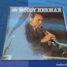 Discos de vinilo: BOXH67C LP JAZZ EUROPEO AÑOS 70-80 GRAN ESTADO WOODY HERMAN HOMONIMO EN LA SERIE GIANTS OF JAZZ. Lote 229858725