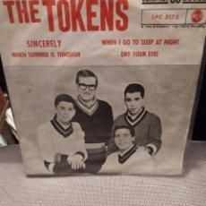 Discos de vinilo: THE TOKENS SINCERELY, WHEN SUMMER IS THROUGH + 2 RCA ED ESPAÑA 1961 MUY RARO Y DIFICIL. Lote 230260695