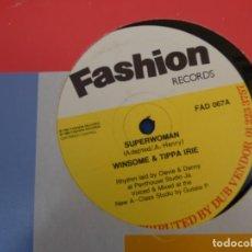 Discos de vinilo: BOXX111 MAXISINGLE REGGAE 1989 SUPERWOMAN WINSOME AND TIPPA RIE EN FASHION RECORDS. Lote 230302215