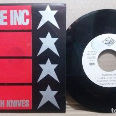 Discos de vinilo: BIZARRE INC / PLAYING WITH KNIVES / SINGLE 7 INCH. Lote 230413820