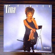 Discos de vinilo: TINA TURNER, LP PRIVATE DANCER + PÓSTER CON LYRICS, EMI-ODEÓN ST-28580, 1983. Lote 230913310