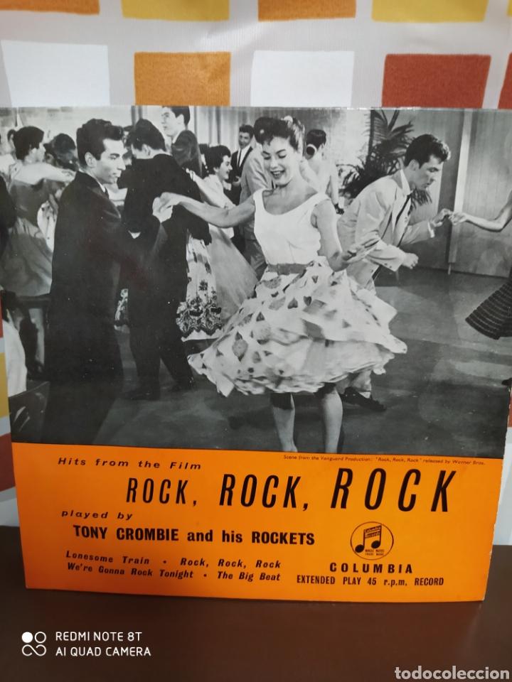 Discos de vinilo: Tony Crombie And His Rockets -Hits From The Film Rock, Rock, Rock. Ep original 1957 - Buen estado - Foto 2 - 230960155