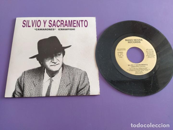 JOYA SG PROMOCIONAL. SILVIO Y SACRAMENTO.CAMARONES.MANO NEGRA 1990.BARRA LIBRE LUZBEL ROCK SEVILLANO (Música - Discos - Singles Vinilo - Grupos Españoles de los 70 y 80)