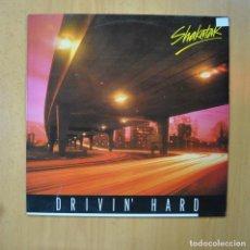 Disques de vinyle: SHAKATAK - DRIVIN HARD - LP. Lote 231133075