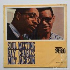 Discos de vinilo: RAY CHARLES & MILT JACKSON – SOUL MEETING JAPAN,1961 ATLANTIC. Lote 231542780