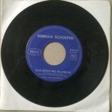 Discos de vinilo: BOBBEJAAN SCHOEPEN. OH MARIE/ HAAR MOEDER WAS ER ALTIJD BIJ. DECCA, BELGIUM 1962 SINGLE. Lote 231562085