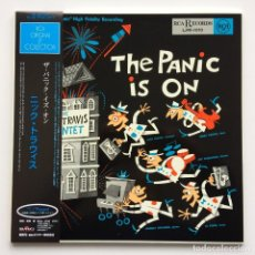 Discos de vinilo: THE NICK TRAVIS QUINTET – THE PANIC IS ON JAPAN,1996 RCA. Lote 231691775